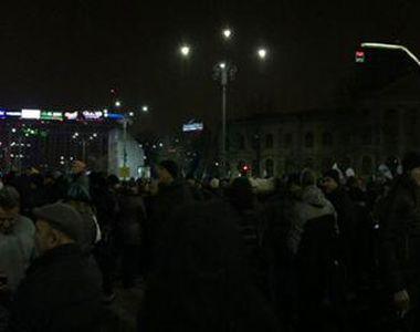 Proteste in Romania! In Bucuresti au fost peste 11 mii de persoane in Piata Victoriei!...