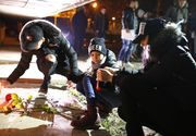 Gest emoționant după moartea Valentinei! Peste 50 de tineri s-au adunat în fața blocului din Buzău, în care locuia tânăra