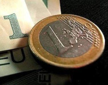 CURS VALUTAR 28 februarie: Euro a urcat spre pragul de 4,75 lei