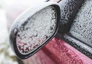 Pas cu pas: Cum dezgheți portierele mașinii?