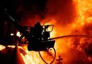 Incendiu la un depozit de materiale de construcţii din Capitală