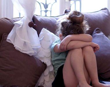 Fetiță de 10 ani din Galați, agresată sexual în scara unui bloc! Violatorul este în...
