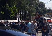 Atac armat la școală. 9 oameni, dintre care 5 copii, au murit