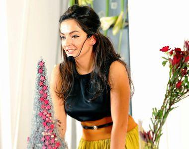 Andreea este o româncă de succes! Face decoruri speciale din flori pentru miliardarii...