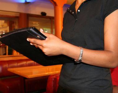 Hotelierii si patronii de restaurante din Romania se confrunta cu o criza de personal...
