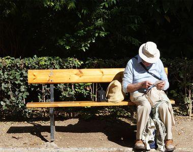 Un bătrân de 70 de ani din Vaslui a luat pastile pentru potență și a mers peste o...