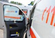 Autospecială SMURD în misiune, lovită de un şofer care nu a acordat prioritate. Medicul și alte 2 persoane, la spital