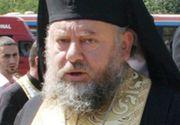 """Un stareț de la o mănăstire din Argeș îi amenință pe enoriași și îl înjură pe președintele Iohannis! """"În pădure cu voi. Vă dau şi peste bot şi vă scot dinţii!"""""""