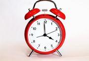 România trece, în această noapte, la ora de vară, ora 3:00 devenind ora 4:00