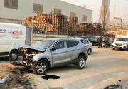 Accident DEVASTATOR la Cluj Napoca! Trei mașini s-au făcut praf, două persoane sunt încarcerate!