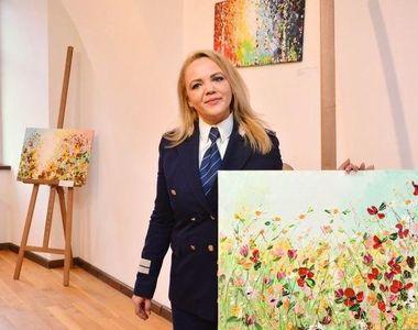 Alina este comisar șef de Poliție, dar este pasionata de pictura! Uite ce minunății ies...