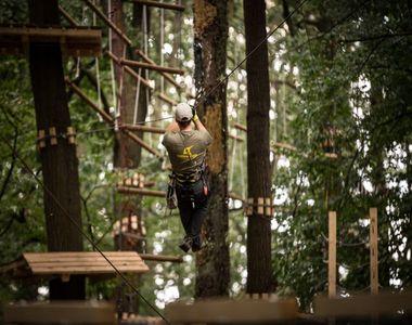 VIDEO | S-a deschis sezonul de aventura in parcurile tematice! Uite ce gasesti in...