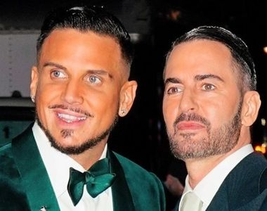 Creatorul de modă Marc Jacobs s-a căsătorit cu partenerul său Charly Defrancesco