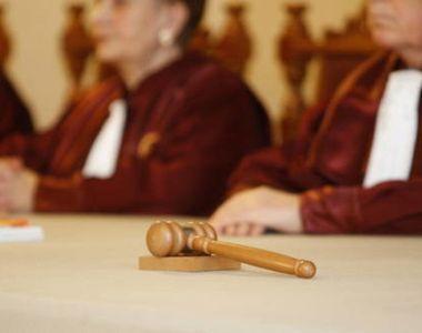 CCR a amânat pentru 19 aprilie judecarea sesizării lui Florin Iordache privind lipsa...