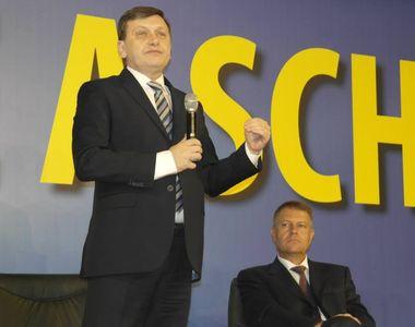 Un fost preşedinte al României a ajuns falit? Crin Antonescu nu a mai câştigat un leu...
