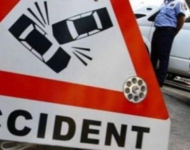 Accident cu un mort şi trei răniţi în Prahova. Șoferul unei dube a pierdut controlul...