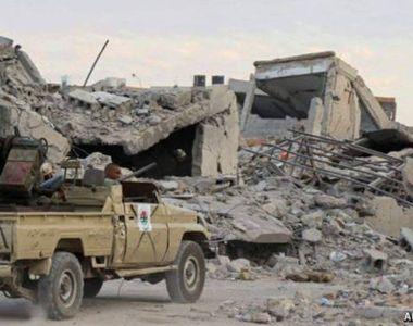 Cel puţin 121 de morţi şi aproape 600 de răniţi la sud de capitala libiană Tripoli, pe...