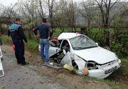 Trei răniţi într-un accident rutier în judeţul Prahova