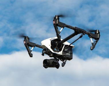 Cum se impaca dronele de actiune cu vremea urata?