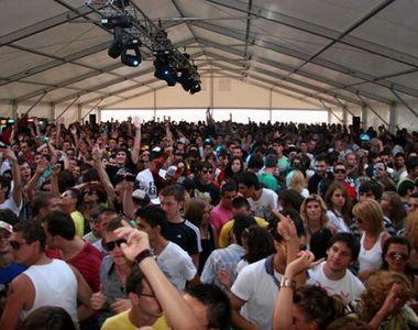 VIDEO   Mii de straini, in Mamaia Nord pentru festivalul Sunwaves