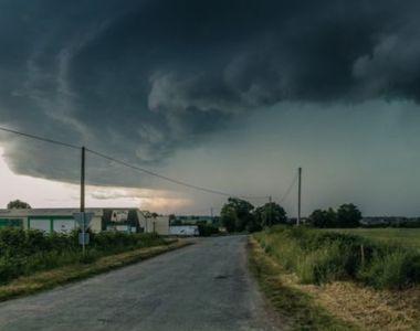 Vijelii, ploi abundente şi grindină, în toată ţara