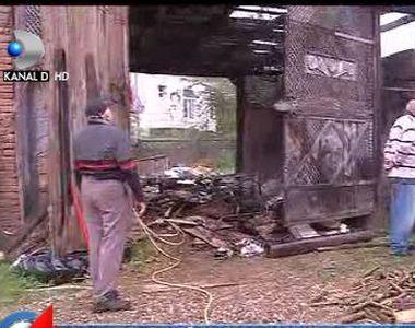 VIDEO | Tragedie în noaptea de Paște! O femeie a MURIT carbonizată după ce casa a fost...