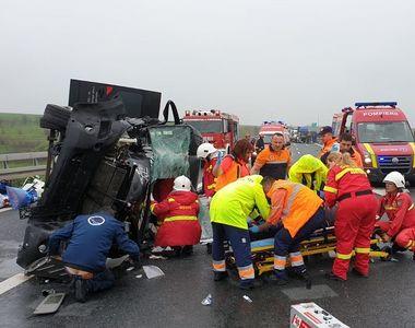 Accident pe autostrada A1, între Arad şi Timişoara. Zece cetăţeni bulgari implicaţi