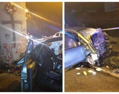 Accident grav la Pasarela din Bistrița. Un șofer a intrat din plin în stâlpul în care...