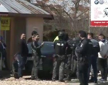 VIDEO | Scandal între două familii din localitatea Clejani! Mai multe persoane au fost...