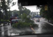 VIDEO | ISU Bucureşti-Ilfov recomandă populaţiei să întrerupă activităţile în aer liber şi să se adăpostească, după prognoza de ploi torenţiale şi vânt puternic