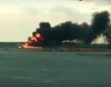 VIDEO | Un avion a aterizat cuprins de flăcări la Moscova! Mai multe victime