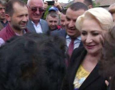 "VIDEO | Pensionara catre Viorica Dancila: ""Va iubim! Sunteti desteapta rau!"""