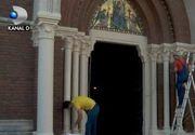 VIDEO |  Pregatiri cu bidineaua si trafaletul pentru vizita Papei