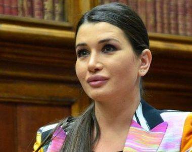 Elena Băsescu riscă dosarul penal după ce și-a fotografiat buletinul de vot