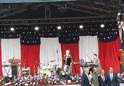 """Papa în România 2019! Monica Anghel se pregătește să-l impresioneze pe Papa Francisc! Repetiții cu piesa """"The Prayer"""", pe scena din Piața George Enescu"""
