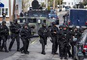 Atac armat în SUA: Cel puțin 12 oameni au fost uciși. Cine este autorul