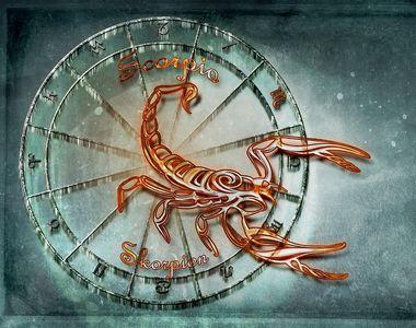 Horoscop WEEKEND de DRAGOSTE sub LUNA, 31 mai-2 iunie 2019. Influenţa Lunii Noi de...
