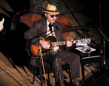 Doliu în muzică! A murit marele artist și muzician Leon Redbone