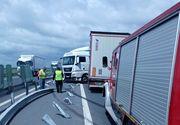 Şoferul unui TIR a adormit la volan. Accident teribil între Lugoj şi Timişoara. Circulaţia îngreunată
