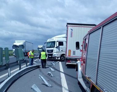 Şoferul unui TIR a adormit la volan. Accident teribil între Lugoj şi Timişoara....