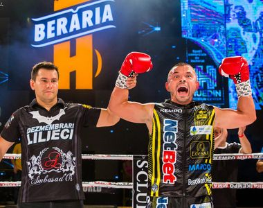Mirel Drăgan, show total în ring! Faimosul și-a zdrobit adversarul și a avut timp și de...