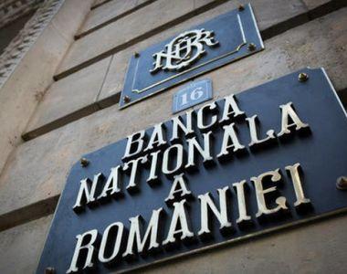 BNR: Tensionarea echilibrelor interne, risc la adresa stabilităţii financiare