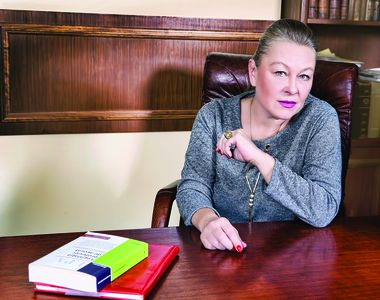 Avocata lui Liviu Dragnea este putred de bogată! Flavia Teodosiu are 3 apartamente, o...