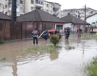 Peste 150 de copii de la o grădiniţă din Bascov, evacuaţi cu microbuzul şcolar din...