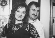 Soția polițistului ucis își urlă durerea.  Doi copii au rămas fără tată