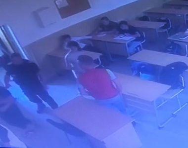 VIDEO | Un jandarm lovește un elev de la un liceu din Giurgiu. Imagini revoltătoare