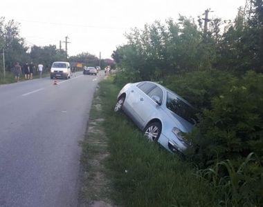 Accident în Olt. Șoferul a adormit la volan și a ajuns cu mașina în șant