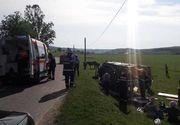 Nouă turişti străini, răniţi după ce s-au răsturnat cu căruţa, pe un drum judeţean din Sibiu