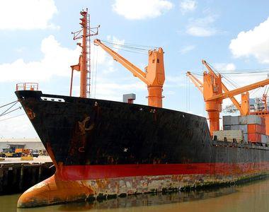 MAE, despre atacurile împotriva unor nave: Aceste acţiuni repetate pun în pericol...