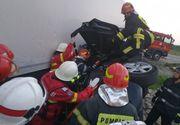 Bacău: Un mort şi doi răniţi, după ce o maşina a intrat într-un TIR, pe DN 2